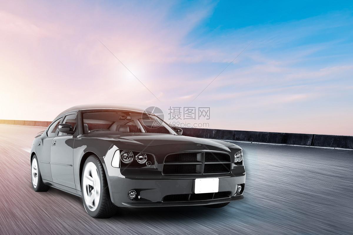 快速行驶的汽车图片