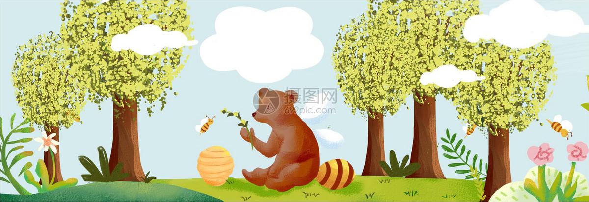 森林里的小熊图片