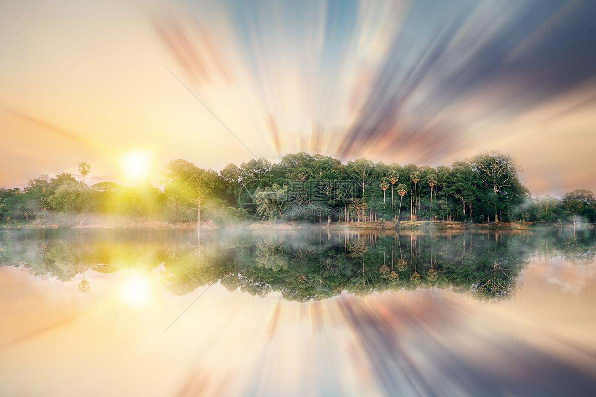 梦幻湖水场景图片
