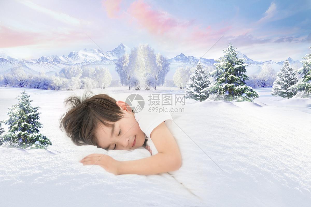 睡梦中的男孩图片