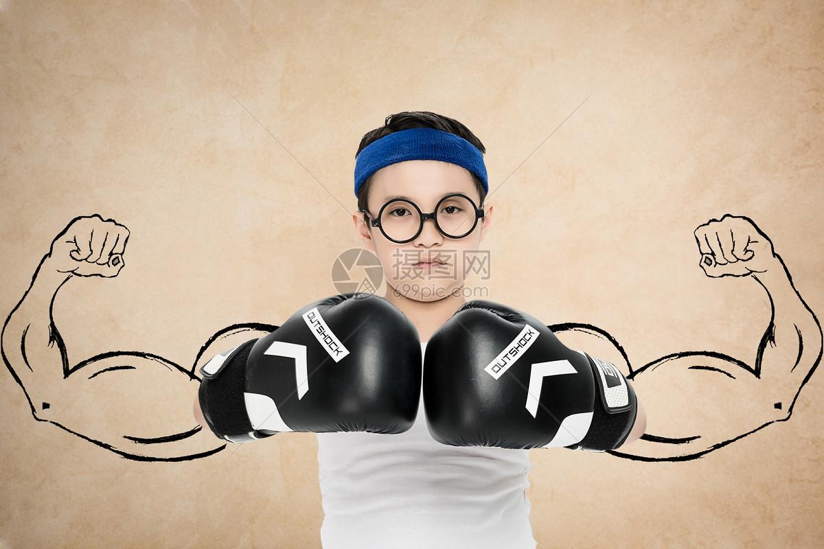 儿童拳击手图片