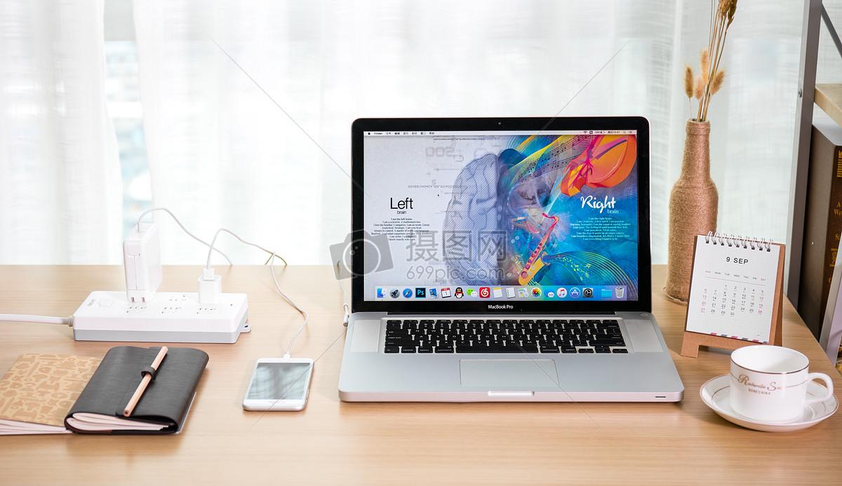 电脑创意桌面_创意笔记本电脑学习桌面高清图片下载-正版图片500123185-摄图网