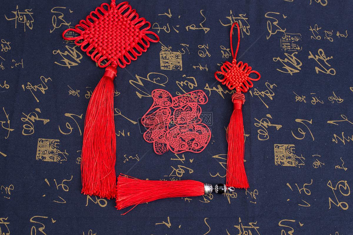 蓝色黑色红色中国风礼品中国结剪纸摆拍图片中国风礼品中国结剪纸摆拍