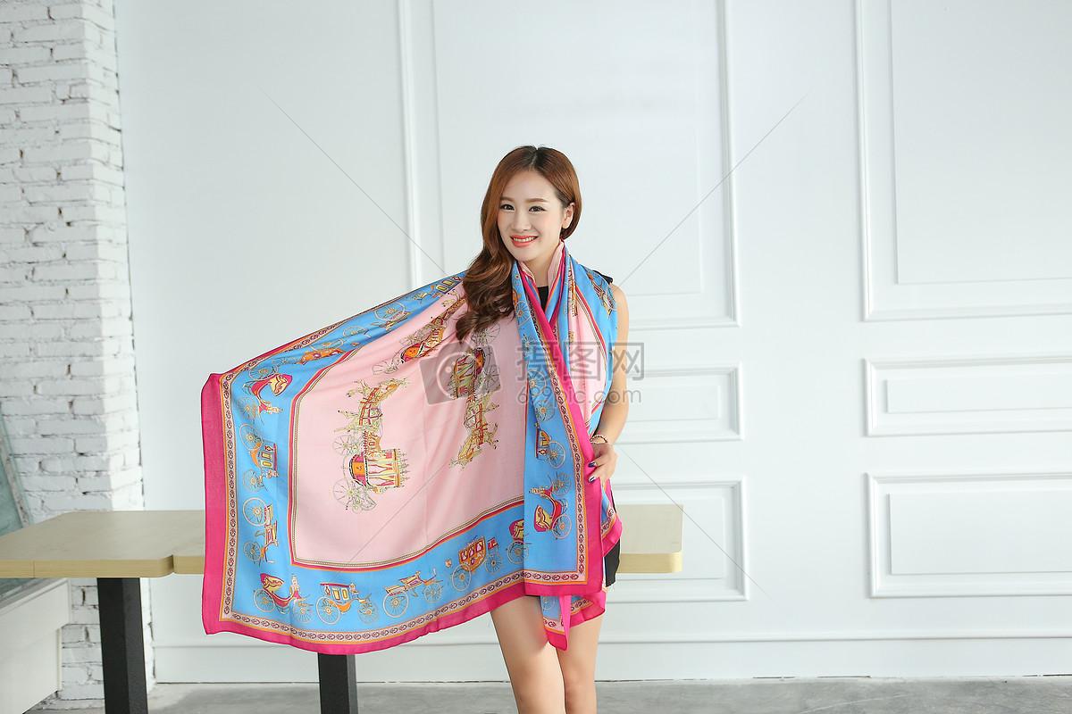 丝巾 围巾 模特
