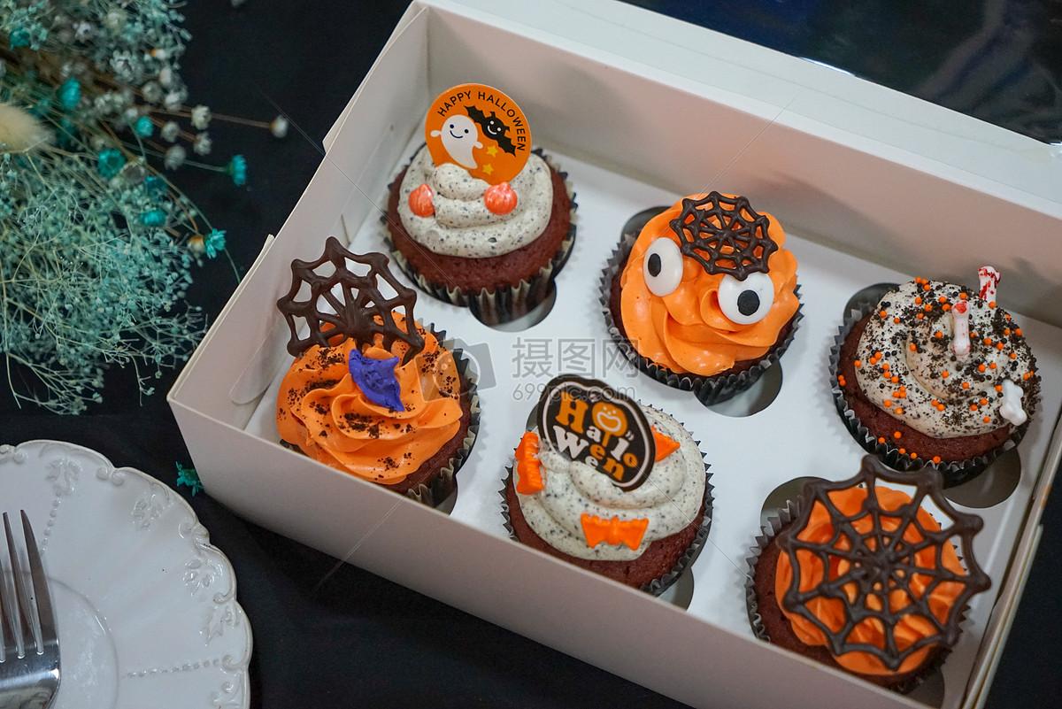 标签: 万圣节美味烤箱烤蛋糕饼干杯子蛋糕酷炫黑暗美食静物摄影平铺