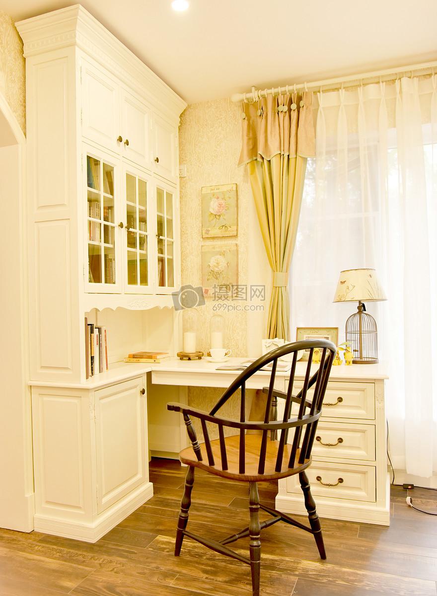 现代简约欧式风格家庭生活书屋写字台小摆件小装饰台灯