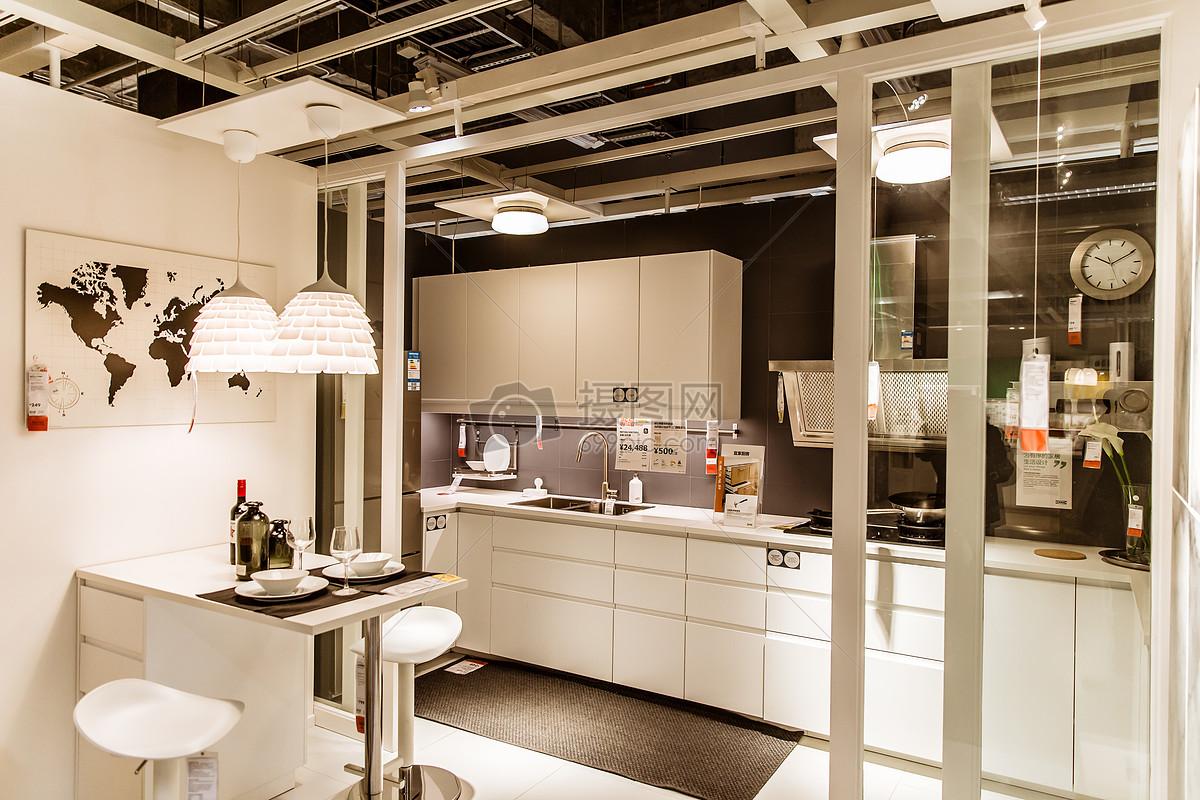 家居商场简洁厨房陈列图片