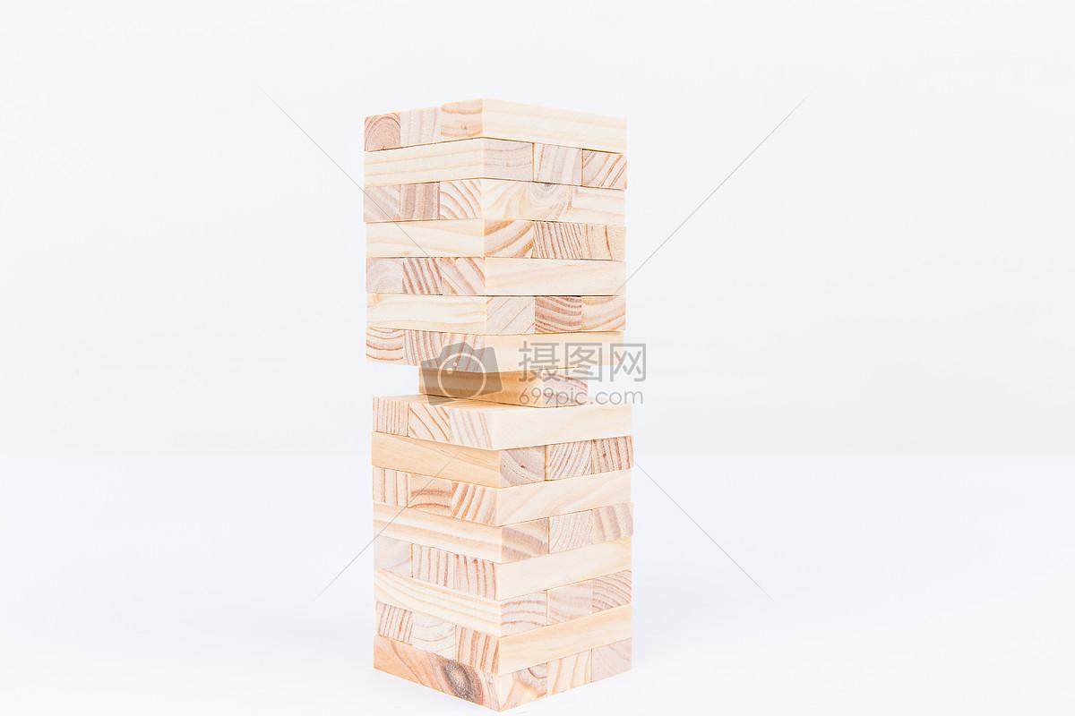 标签: 积木木头搭建木质清新文艺团队合作成功商务金融条纹纹理留白