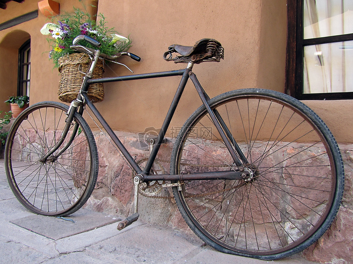 图片 照片 汽车交通 停靠的自行车.jpg