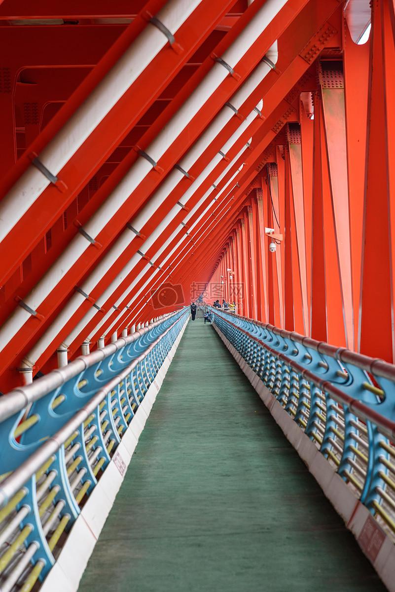 桥梁钢结构通道