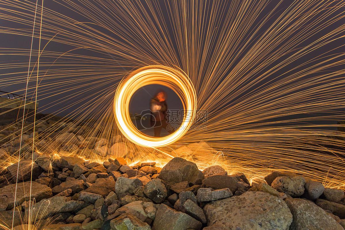 夜晚海边钢丝棉光绘图片素材_免费下载_jpg图片格式_vrf高清图片50038