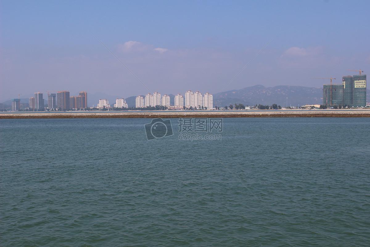 美丽的海边城市