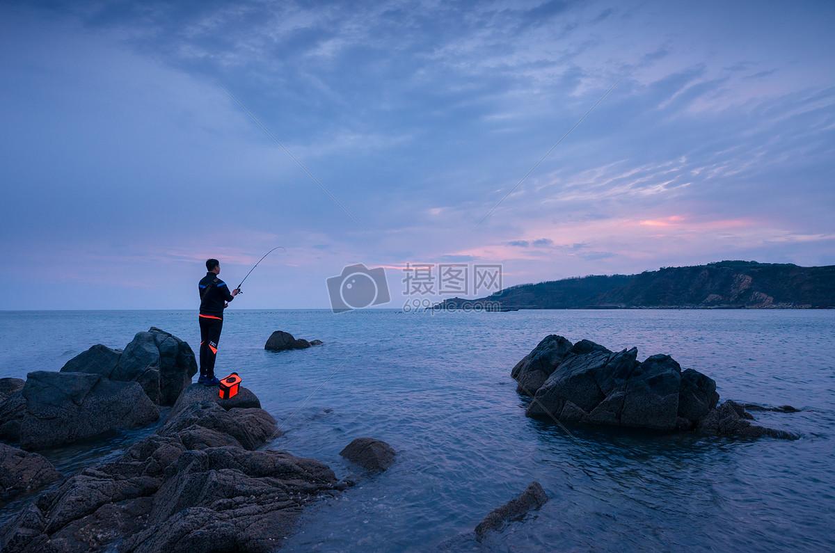 图片 照片 自然风景 海边钓鱼人.jpg