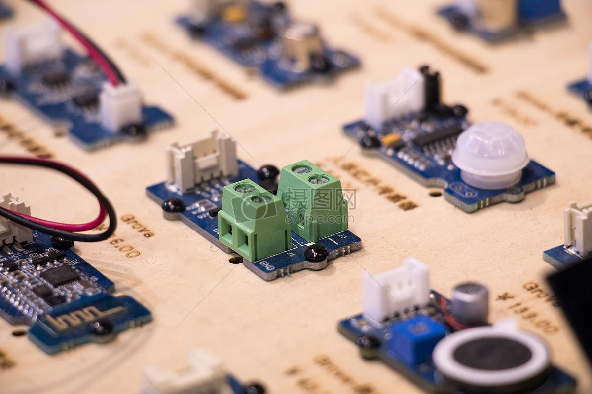 集成线路电路板特写