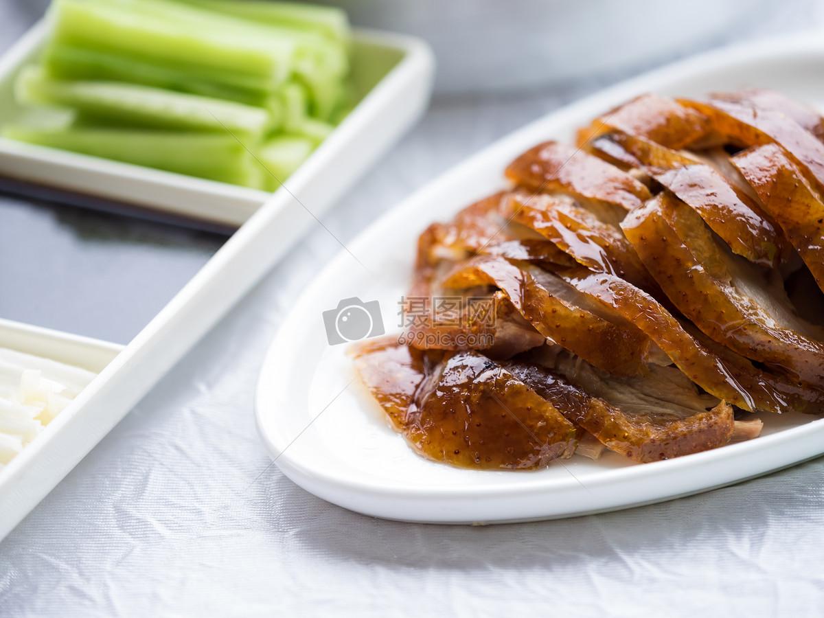 名菜北京烤鸭图片