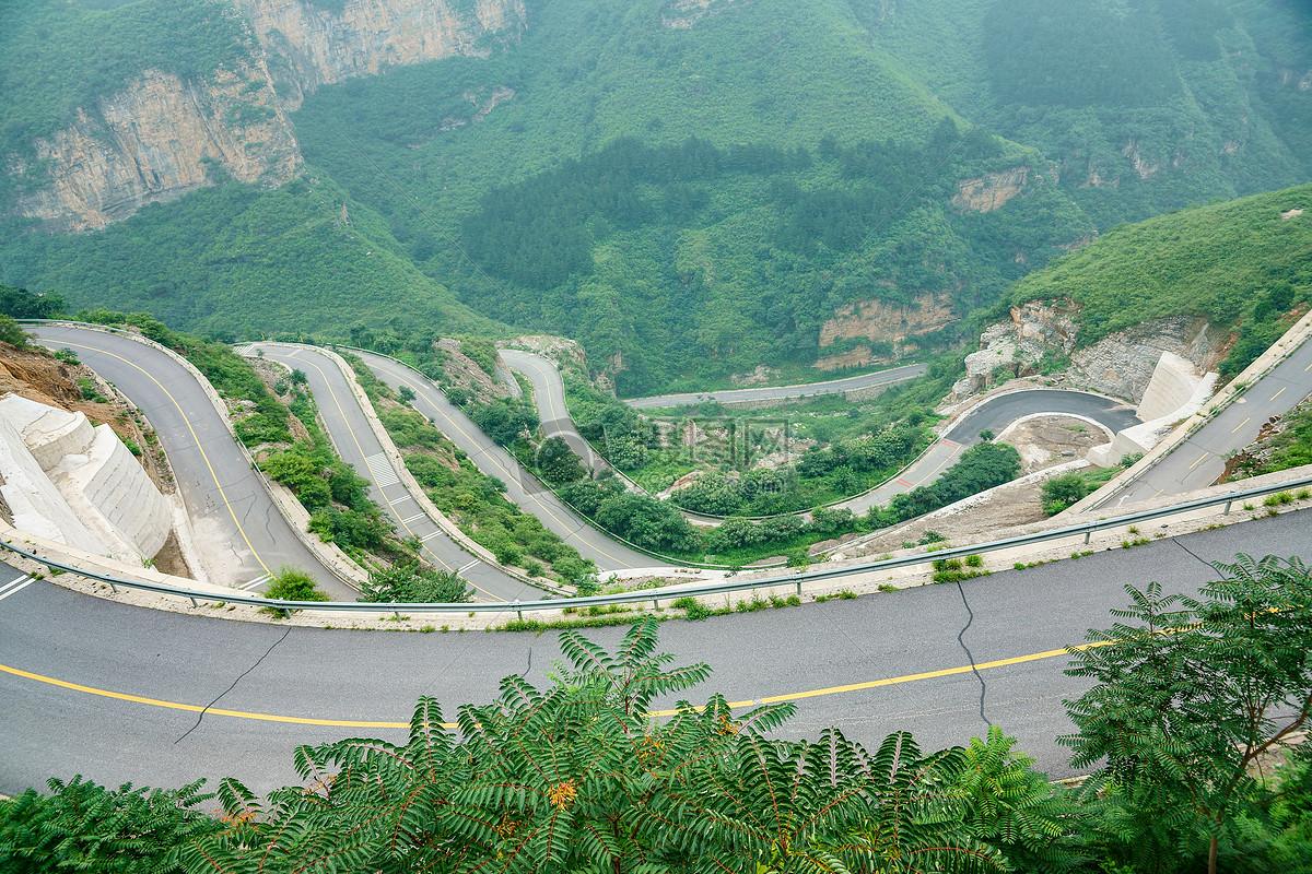 山坡上的公路摄影图片免费下载_自然/风景图库大全