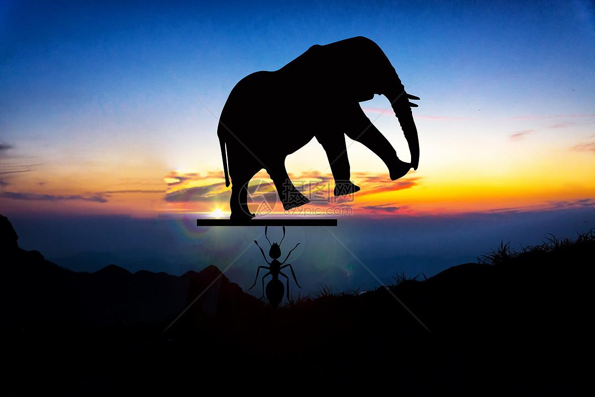 摄图网 创意合成 自然风景 举起大象的蚂蚁jpg