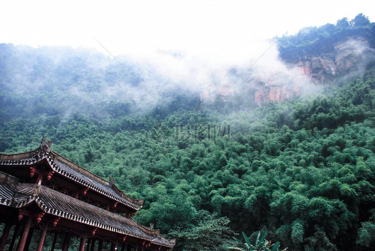 雨后青山寺庙摄影图片免费下载_自然/风景图库大全
