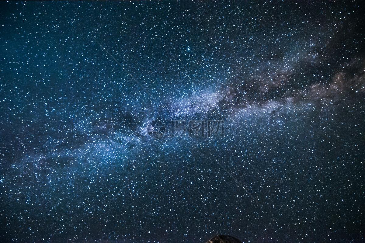 仰望苍穹看星空