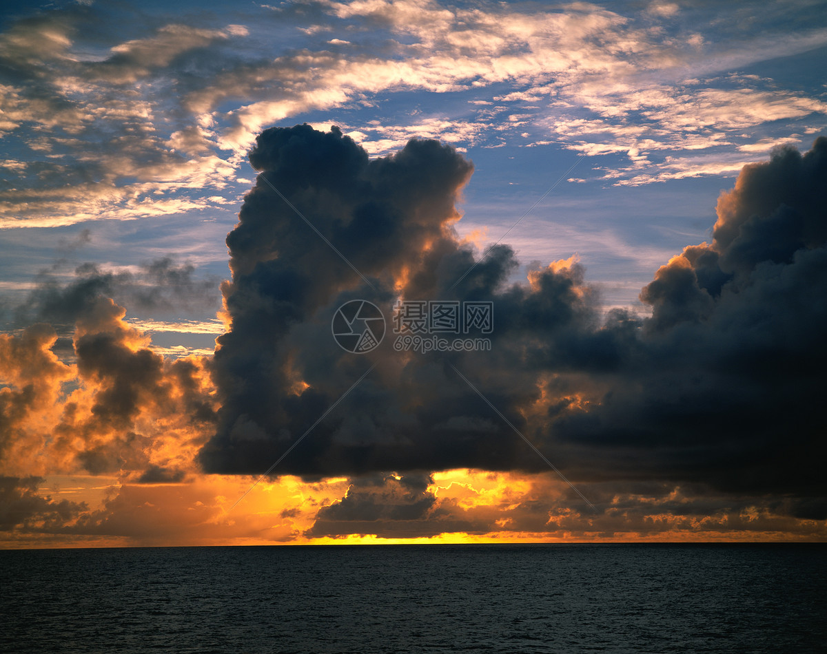 暖色太阳云绝美天空风景图