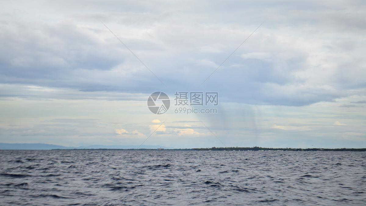 菲律宾薄荷岛出海寻找海豚