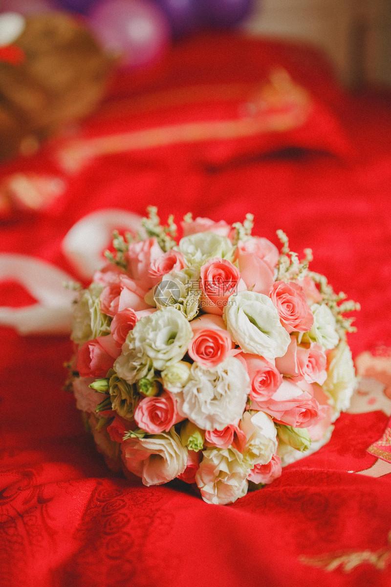 新娘手捧花_新娘的手捧花