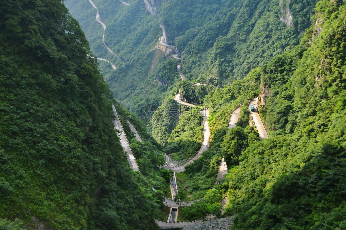 照片 自然风景 张家界天门山盘山公路jpg  分享: qq好友 微信朋友圈