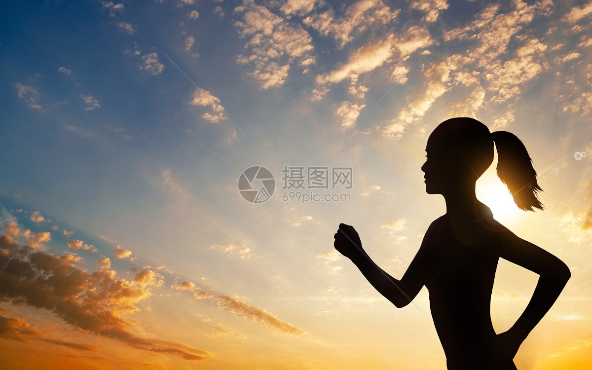 唯美图片 生活方式 日落女孩运动跑步jpg  分享: qq好友 微信朋友圈