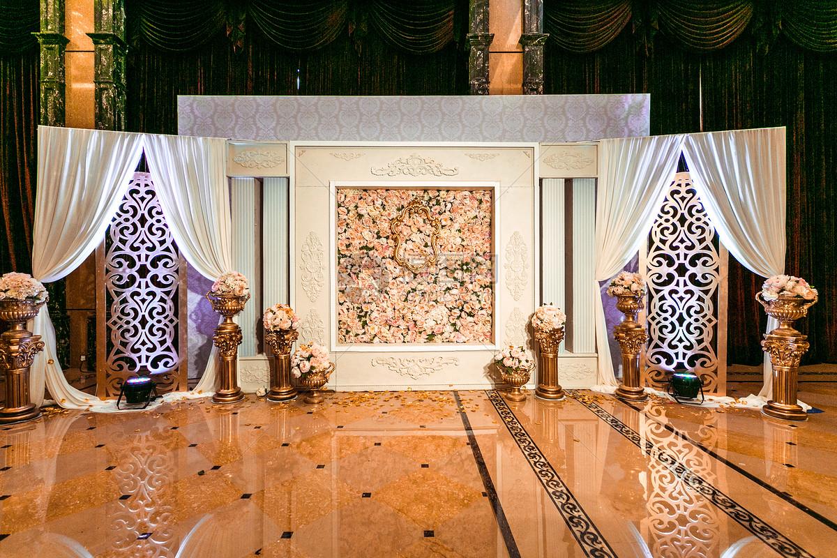 图片 照片 室内家居 欧式婚礼合影背景墙.jpg