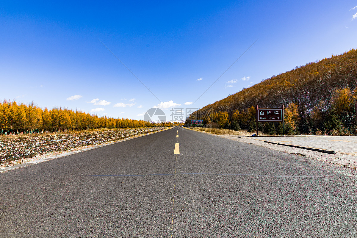 图片 照片 自然风景 公路汽车背景宽广马路.jpg