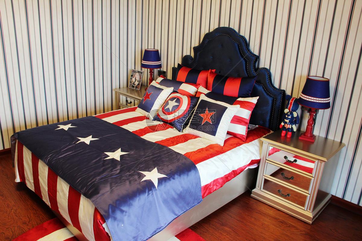 花瓣 举报 标签: 英伦装饰男孩房床儿童房卧室主题儿童房美国队长