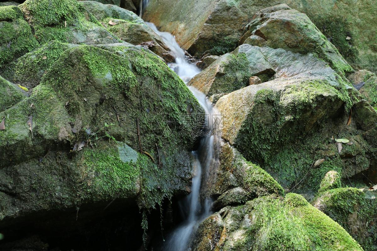 唯美图片 自然风景 山间小溪jpg  分享: qq好友 微信朋友圈 qq空间