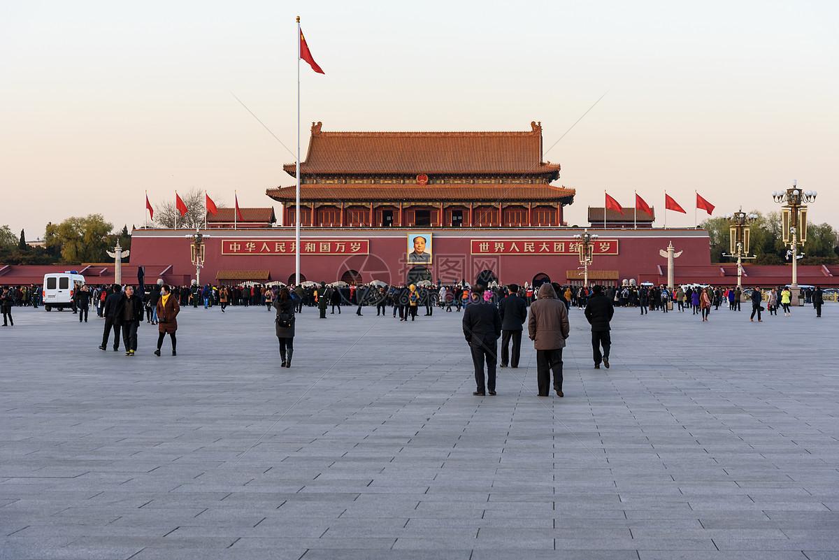 北京天安门广场升旗