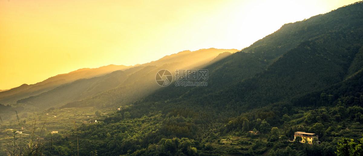 重庆缙云山夕阳图片