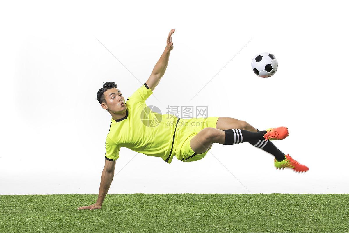 南非足球超级联赛积分榜ds足球_足球联赛的教学训练_足球技巧韩国小孩足球技巧训练