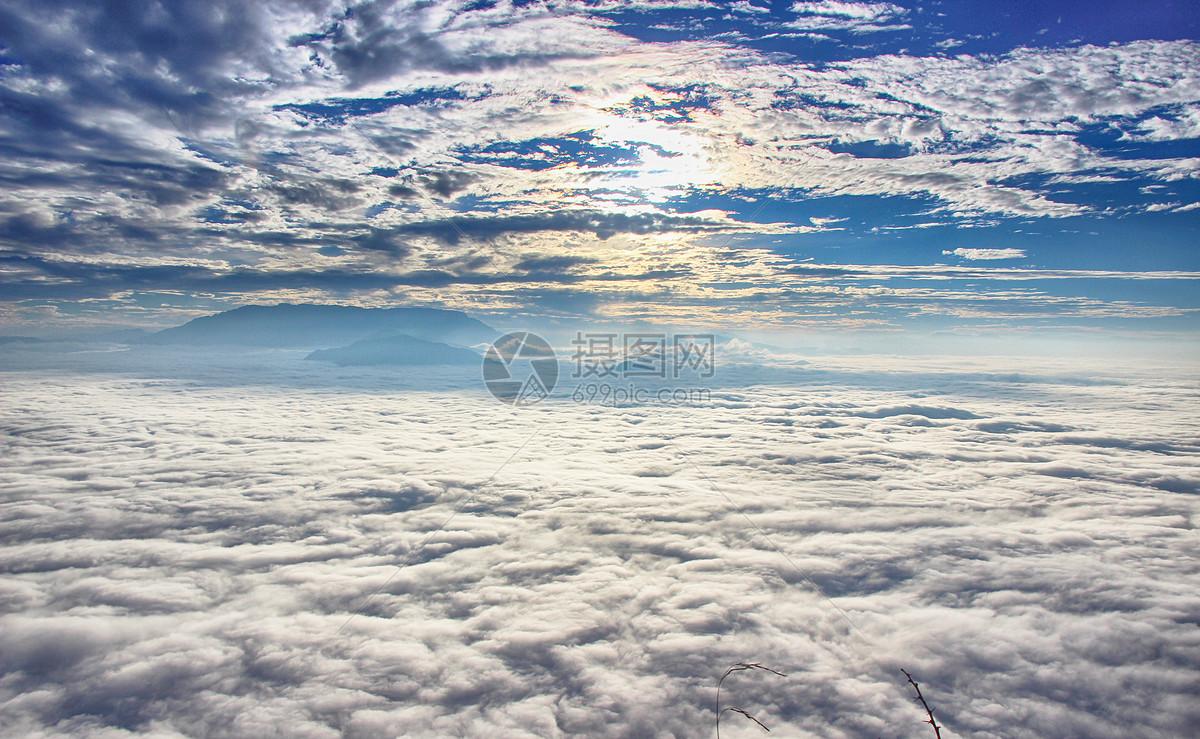 日出日落云海图片