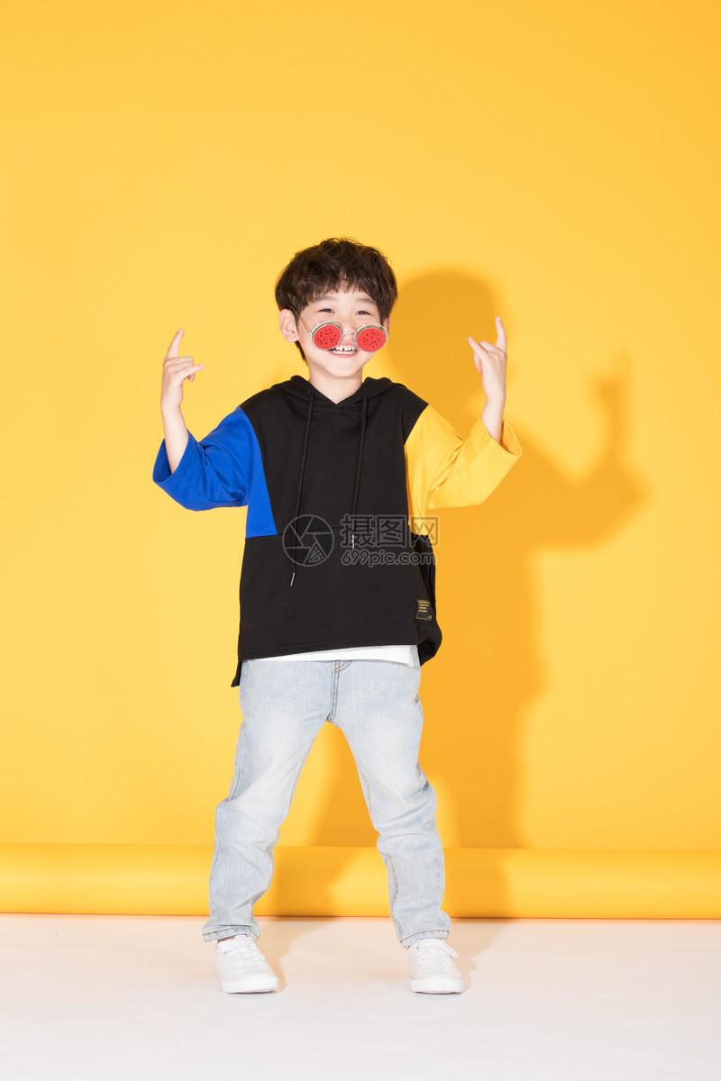 时尚儿童小男孩带卡通眼镜