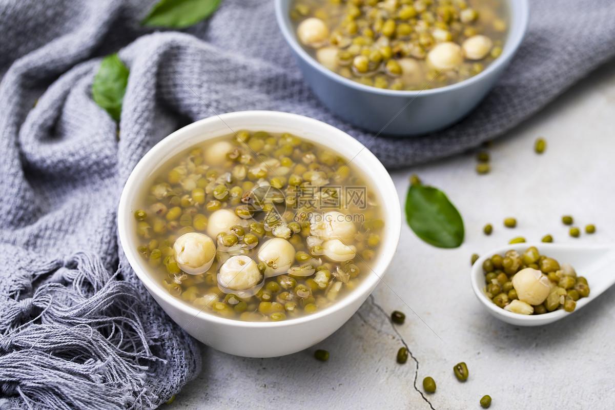 小暑冰镇绿豆汤图片