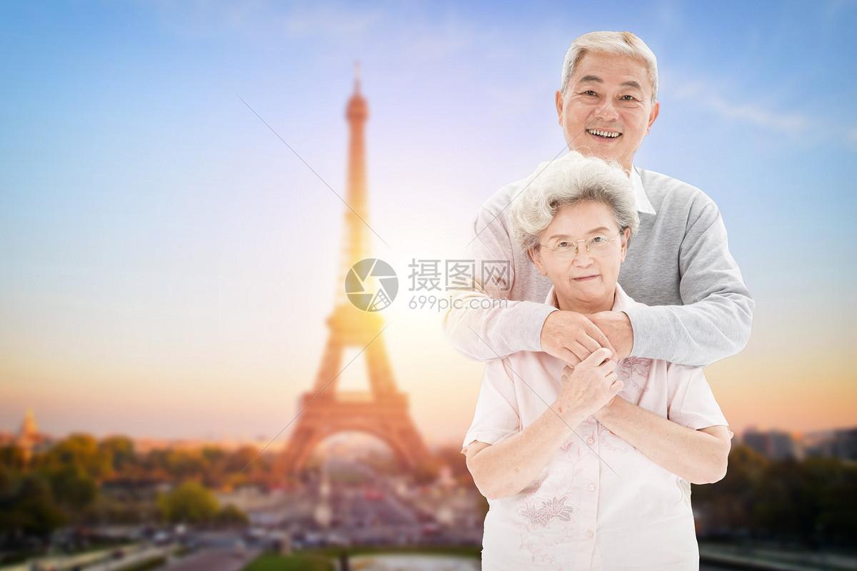 老人旅游图片