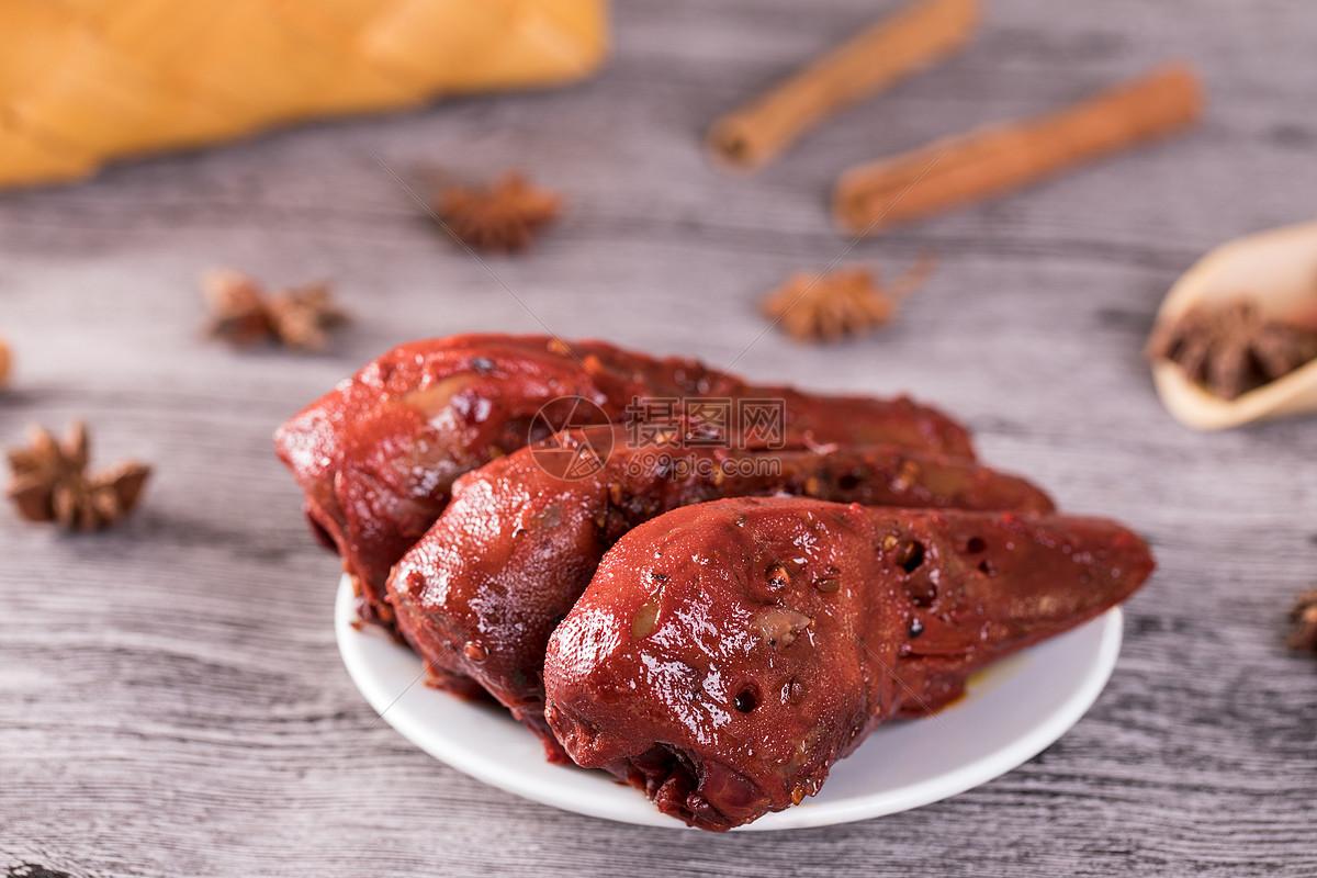 鸭肉类美食武汉特产鸭头图片