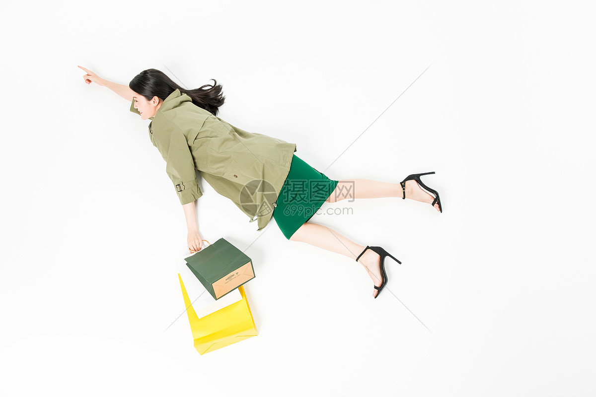 时尚美女购物创意拍摄图片
