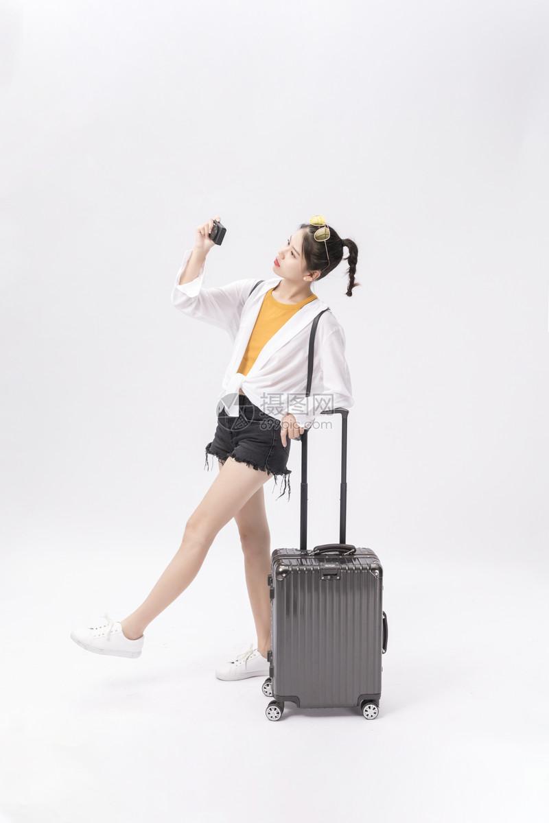 旅游拍照白底图图片