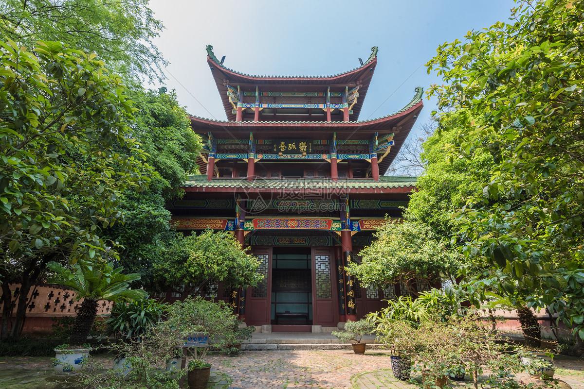 江西赣州古迹郁孤台图片