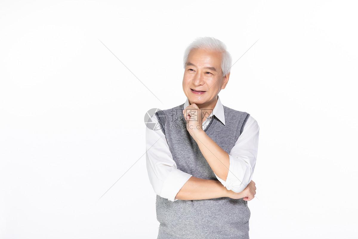 老年男性形象图片