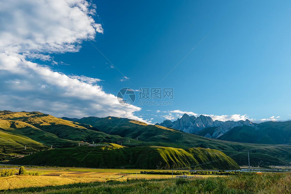 高原甘孜图片