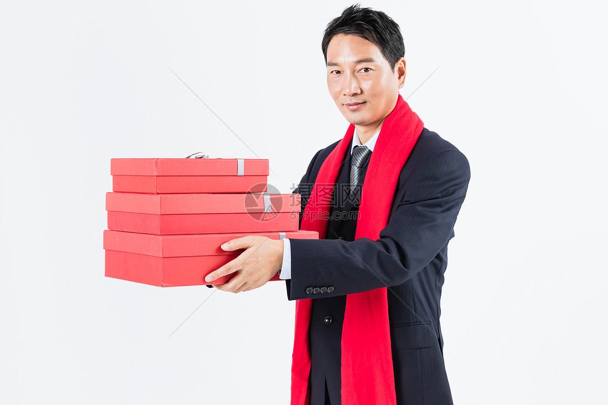 新春商务男性送礼图片