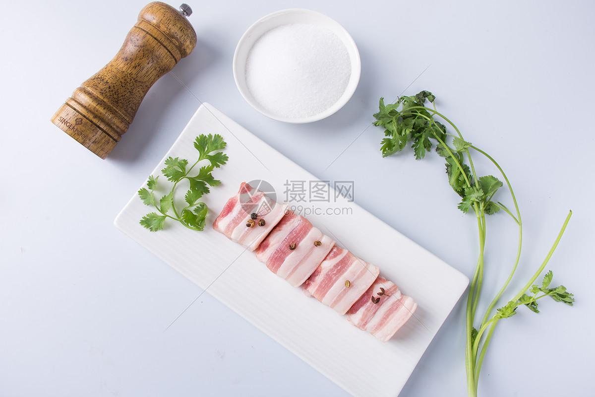 新鲜的五花肉图片
