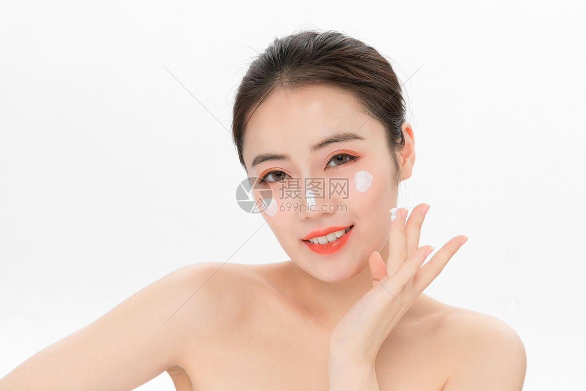脸部美容护肤图片