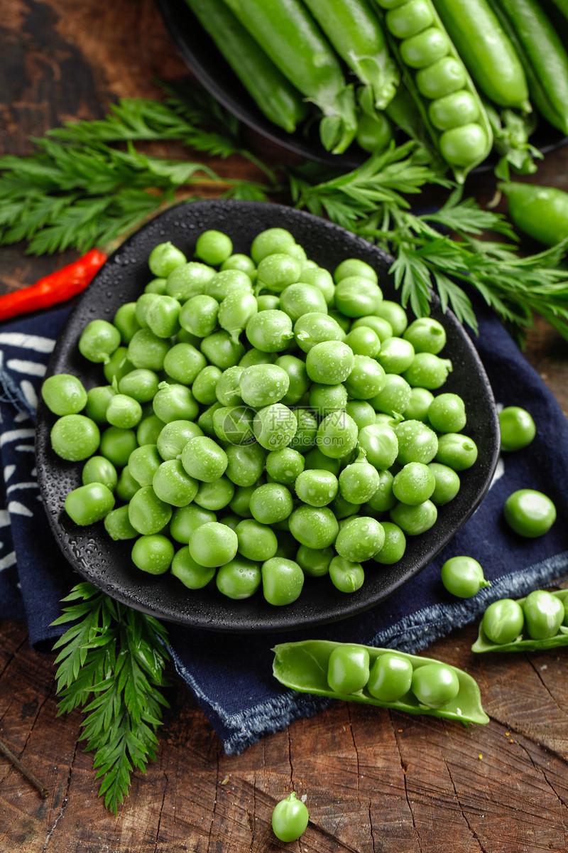 新鲜豌豆米图片