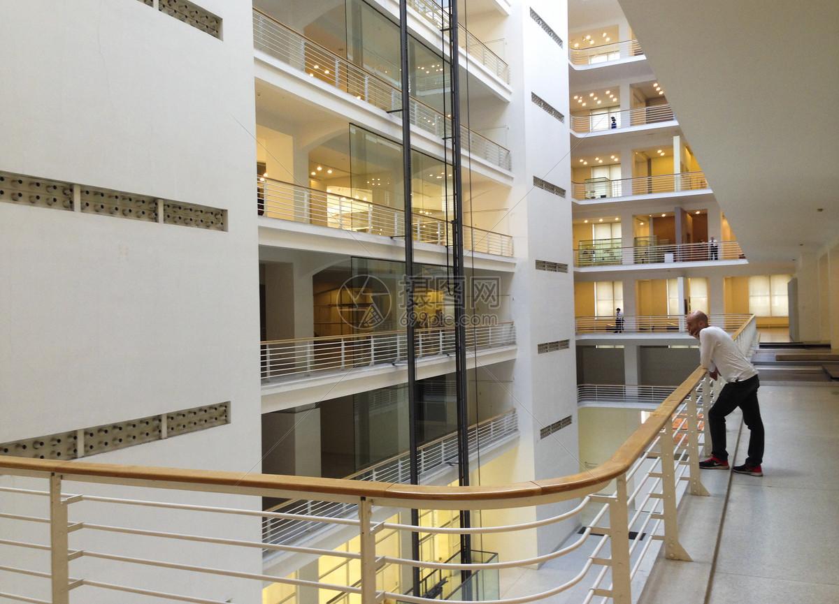 布拉格博览会宫内部中庭图片